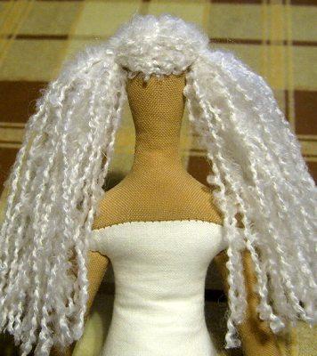 делаем кукле тильде причёску хвостики