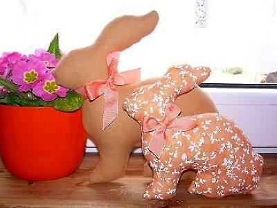 пасхальные сувениры кролики из ткани своими руками