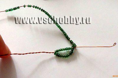 делаем проволокой дугу к основанию плетем своими руками лист