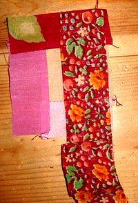 шьем лоскутный блок колодец своими руками без выкройки пришиваем к центральному квадрату четвертую полоску ткани