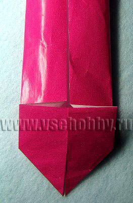 укладываем плоско сердечко оригами