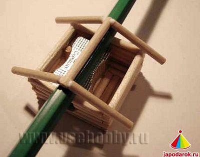 все подпорки для укладки крыши китайского домика ручной работы готовы