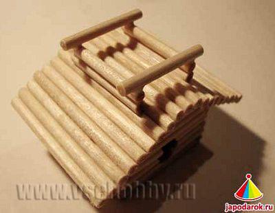 делаем подпорки для второго яруса крыши китайского домика ручной работы