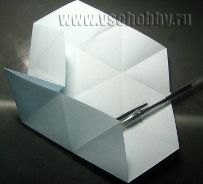 сгибаем где лежит ручка делаем своими руками снежинку оригами