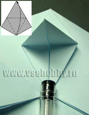 из ромбика получился клювик в процессе изготовления своими руками снежинки оригами