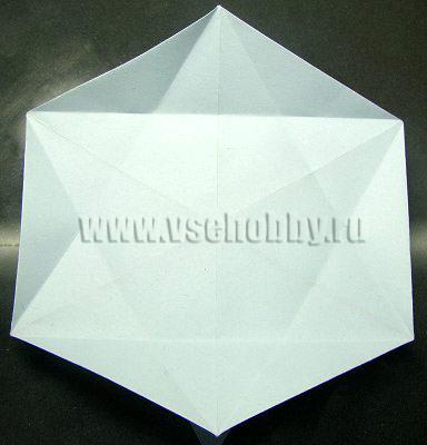выполняем все аналогичные сгибы при изготовлении снежинки оригами своими руками
