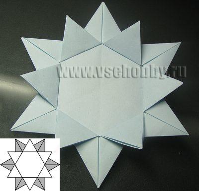 звезда с двойным рядом лучей промежуточный этап работы над снежинкой ручной работы в технике оригами