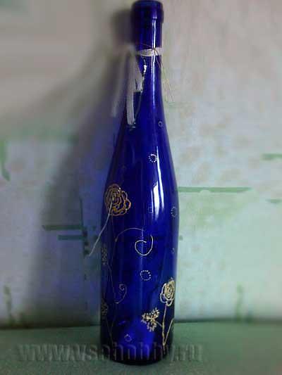 Синяя бутылка с росписью золотом своими руками
