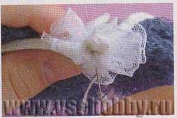 Кружевной воротничок для куклы из шнурков