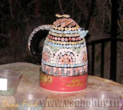 Украшаю железный сломанный чайник мозаикой своими руками