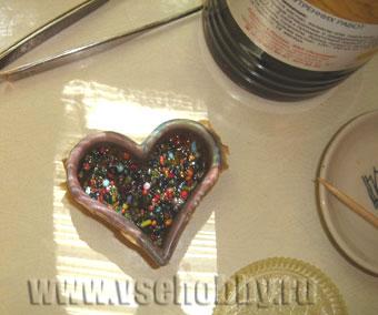 Делаем кулон сердечко из бисерных шариков отходов своими руками