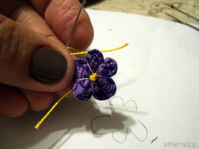Цветы из ткани: фиалки в горшочке