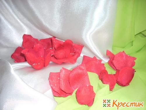 Лепестки роз для бокалов