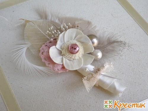 Бутоньерки для жениха и невесты