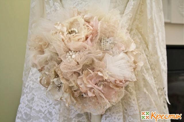 Оригинальные свадебные букеты фото