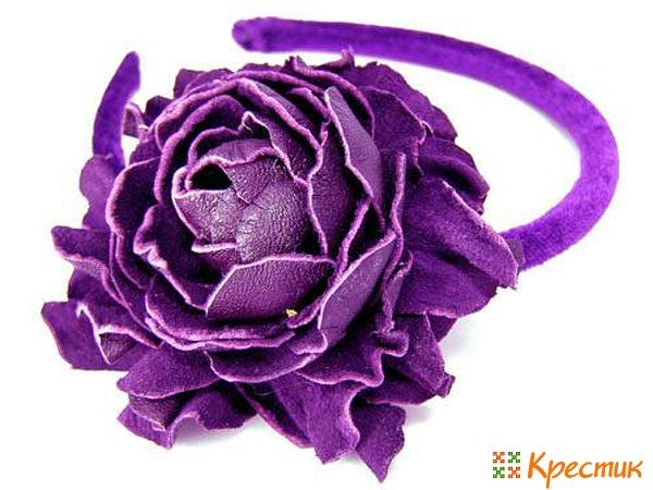 Красивые цветы из кожи