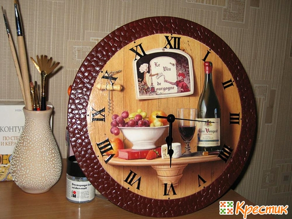 Часы из салфеток для декупажа