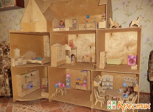 Как сделать домик для кукол из коробки