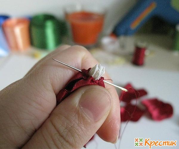 Пришиваем тычинки