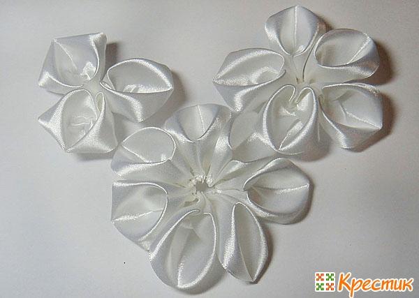 Канзаши цветы из лент