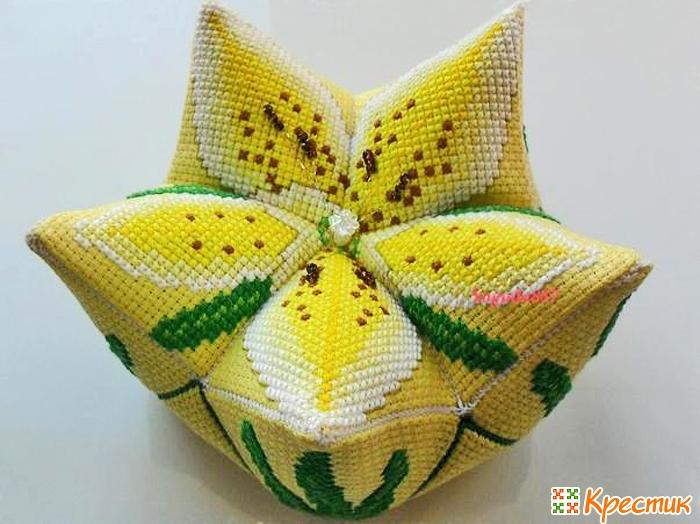 Кривулька в форме лилии