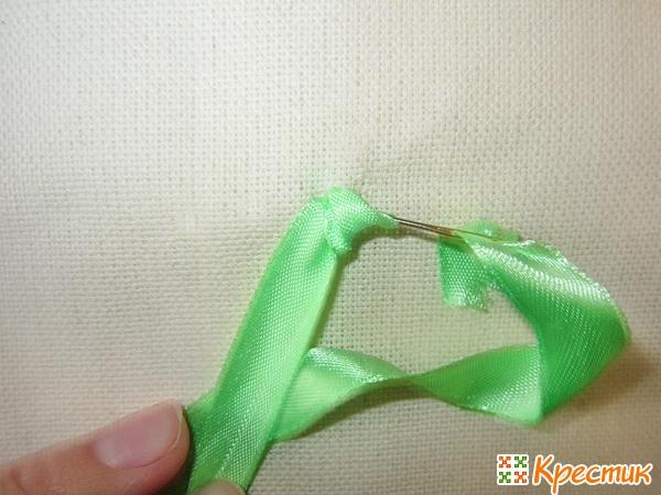 Как делать французский узелок в вышивке лентами
