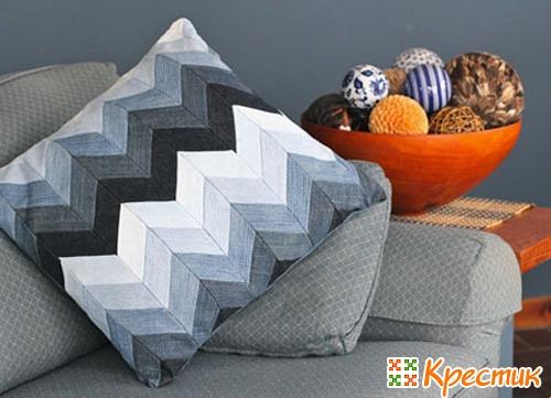 диванные подушки в стиле пэчворк
