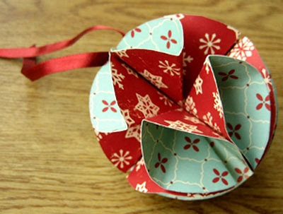 Праздничные бумажные шары