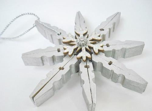 Снежинки из необычных материалов