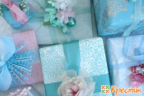 Как упаковать подарок девушке