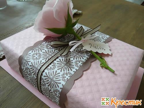 Упаковка подарка в винтажном стиле