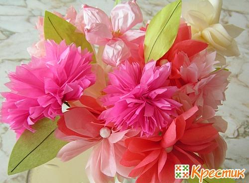 цветов из бумаги.