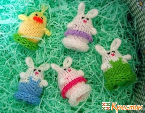 Пасхальные кролики вязаные