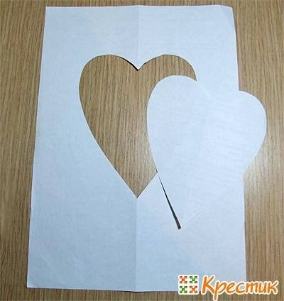 Заготовка из бумаги в форме сердца