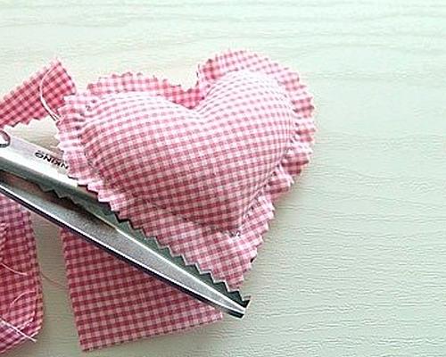 Текстильные сердечки своими руками