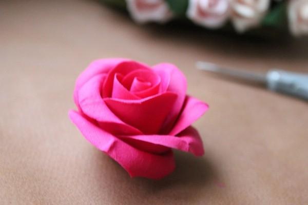 Цветы из полимерной глины на фото