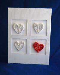 Открытка с сердечками из бумаги