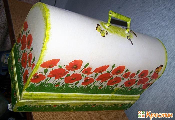 Декупаж и тонирование швейной машинки