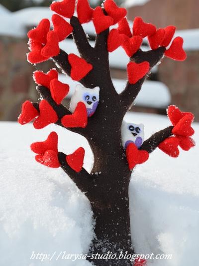 Дерево из фетра с сердечками