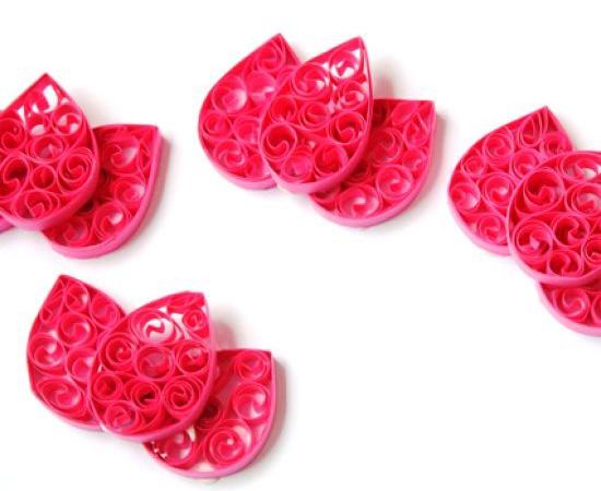 Лепестки тюльпанов