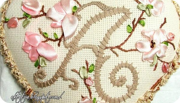 Вышивка стежками цветы