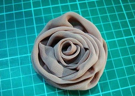 Роза из шифона своими руками