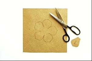 Выкройка цветка из шифона
