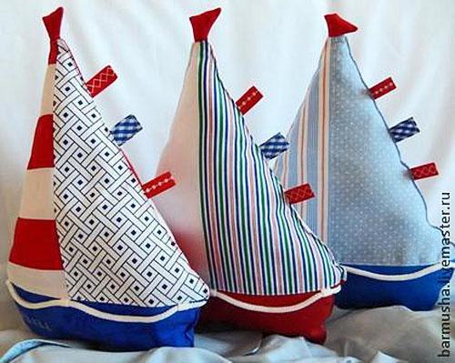 Кораблики из ткани