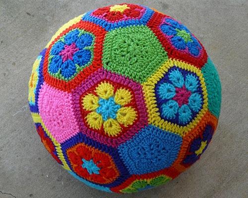 Мяч из мотивов