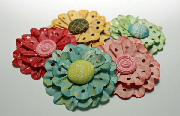 Как сделать цветок из бумаги для скрапбукинга своими руками? 53