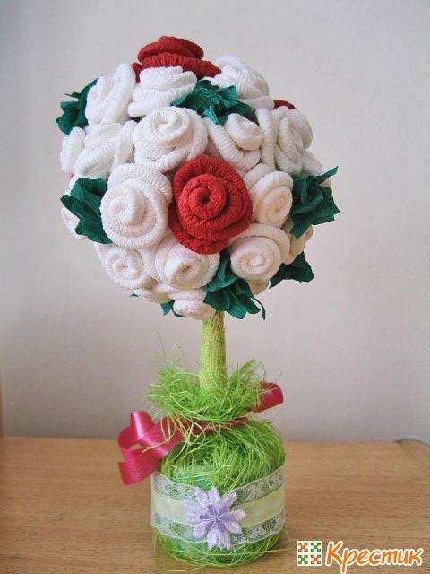 Топиарий из салфеточных роз