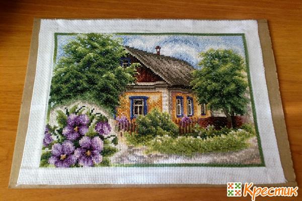 Как оформить дома вышивку