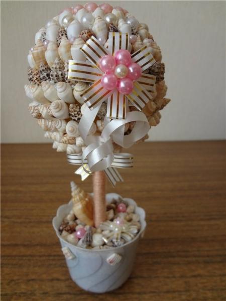 Декоративное дерево из ракушек