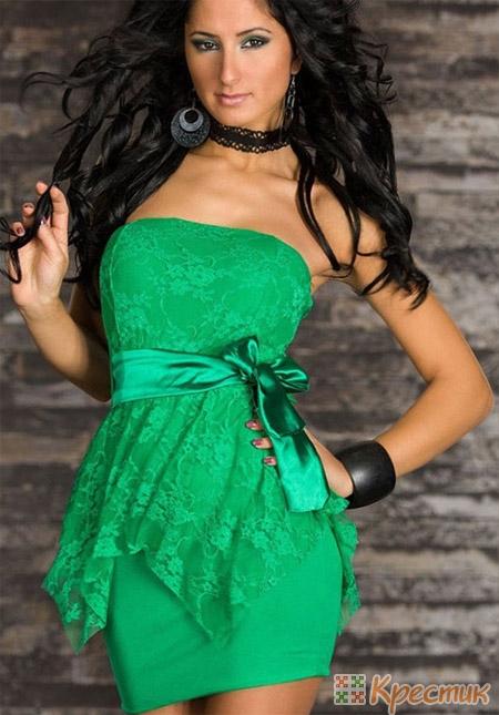 Зелёное праздничное платье